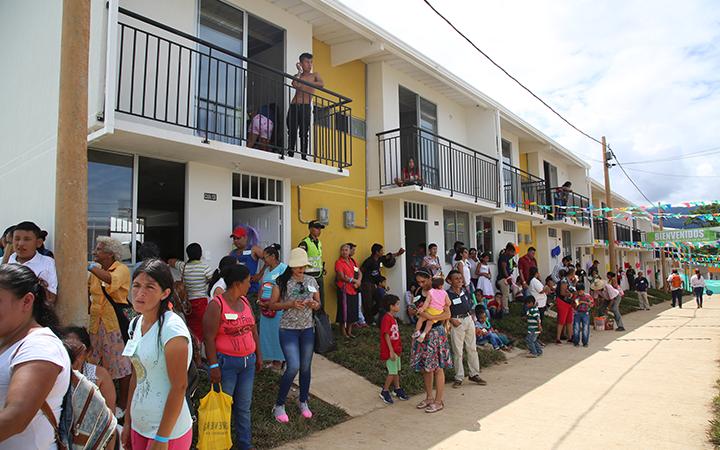 Mocoa renace, gracias al trabajo del Ministerio de Vivienda; Los primeros 100 beneficiarios de Mocoa ya empiezan a habitar sus casas.