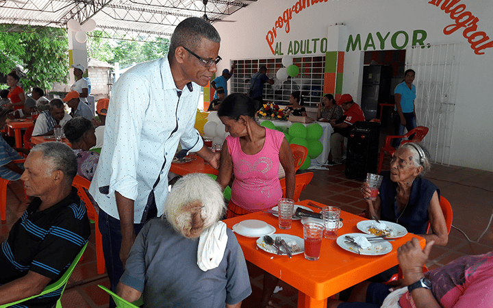La alcaldía promovió programas en favor del adulto mayor.