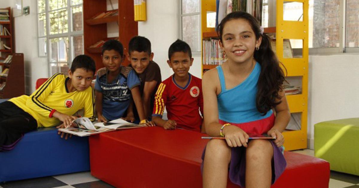A través de 'Leer es mi cuento', el Ministerio entregó 210 nuevas bibliotecas y otras 22 rehabilitadas.