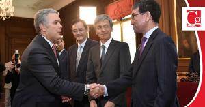 Cooperación binacional y flujo comercial temas abordados por el Presidente Duque y el Canciller de Japón