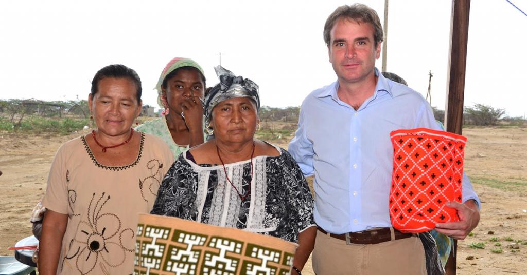 Pablo Felipe Robledo ha dedicado gran parte de su vida a combatir la corrupción y defender los derechos de los consumidores.