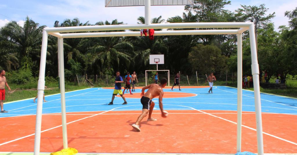 La alcaldía recuperó y remodeló 21 escenarios deportivos en la región.