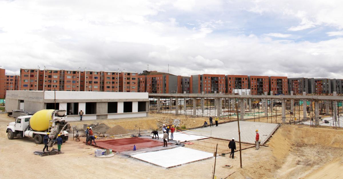 Construcción del Megacolegio Vida Nueva, en Soacha.