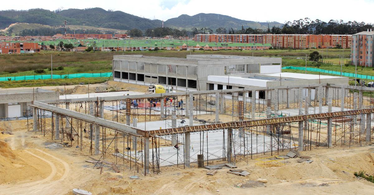 Avance en la construcción del Megacolegio Torrentes.