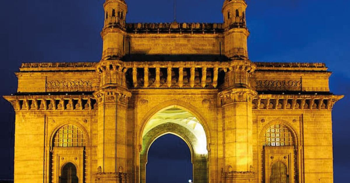 El Gateway es uno de los monumentos más singulares de la India, situado en la ciudad de Mumbai. La estructura colosal fue construida en 1924.