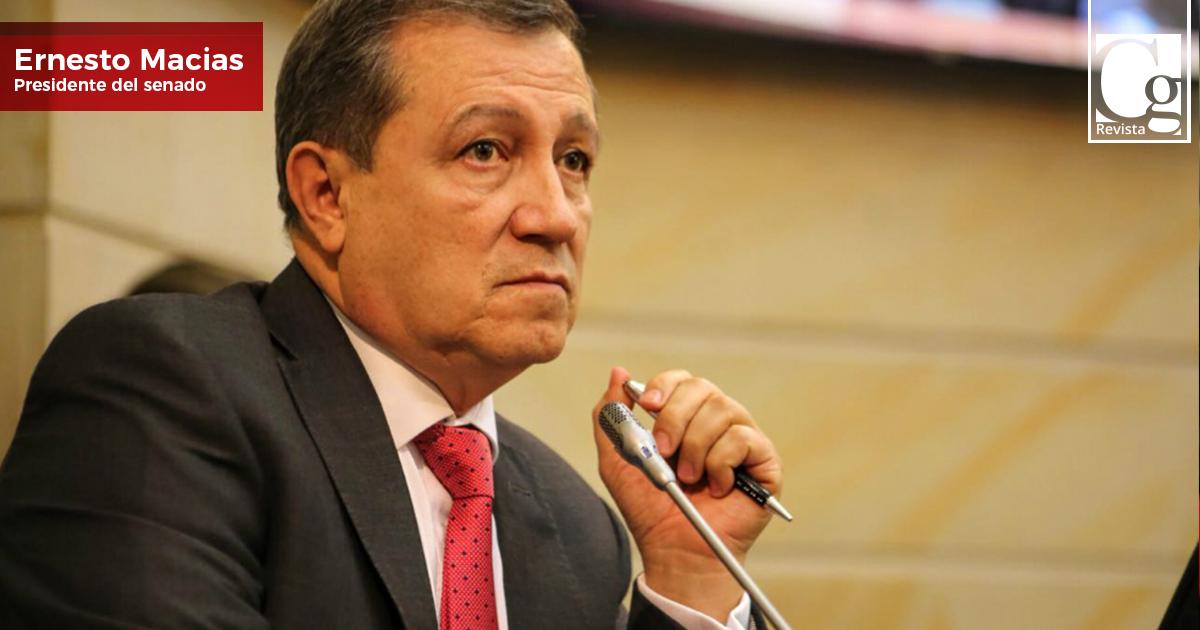 ernesto_macias_-presidente-del-senado