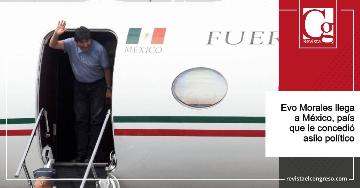Evo Morales llega a México, país que le concedió asilo político