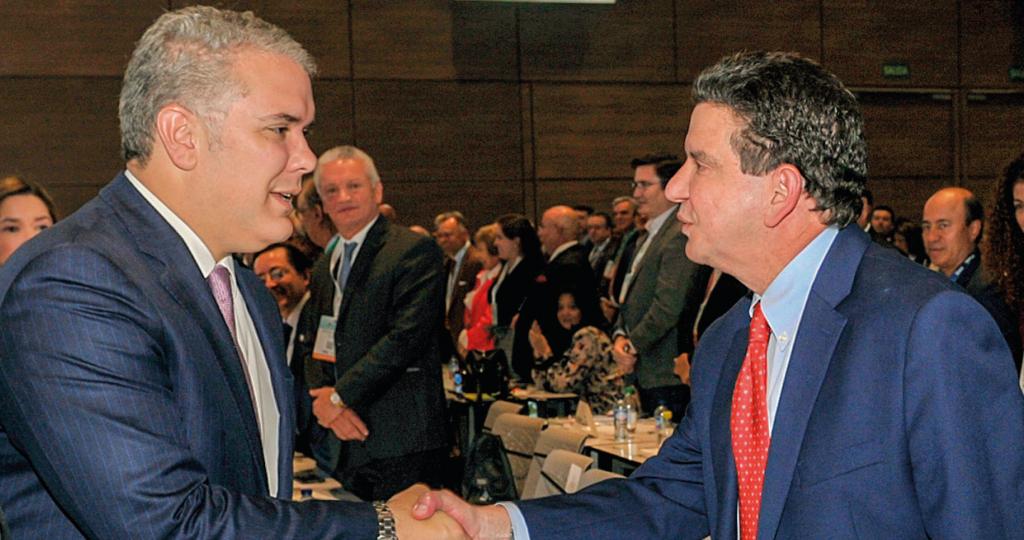 Encuentro entre el Jefe de Estado, Iván Duque y Luis Miguel Morelli, presidente de la ANH en la II Cumbre del Petróleo y Ga