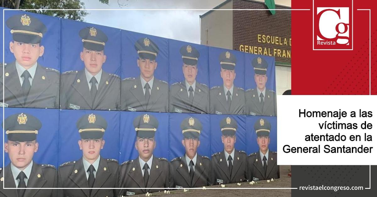 Homenaje-a-las-víctimas-de-atentado-en-la-General-Santander.