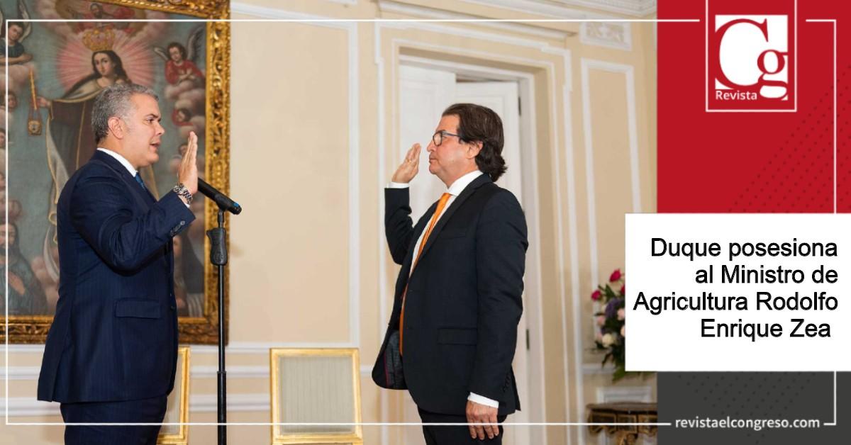 Duque posesiona al Ministro de Agricultura Rodolfo Enrique Zea