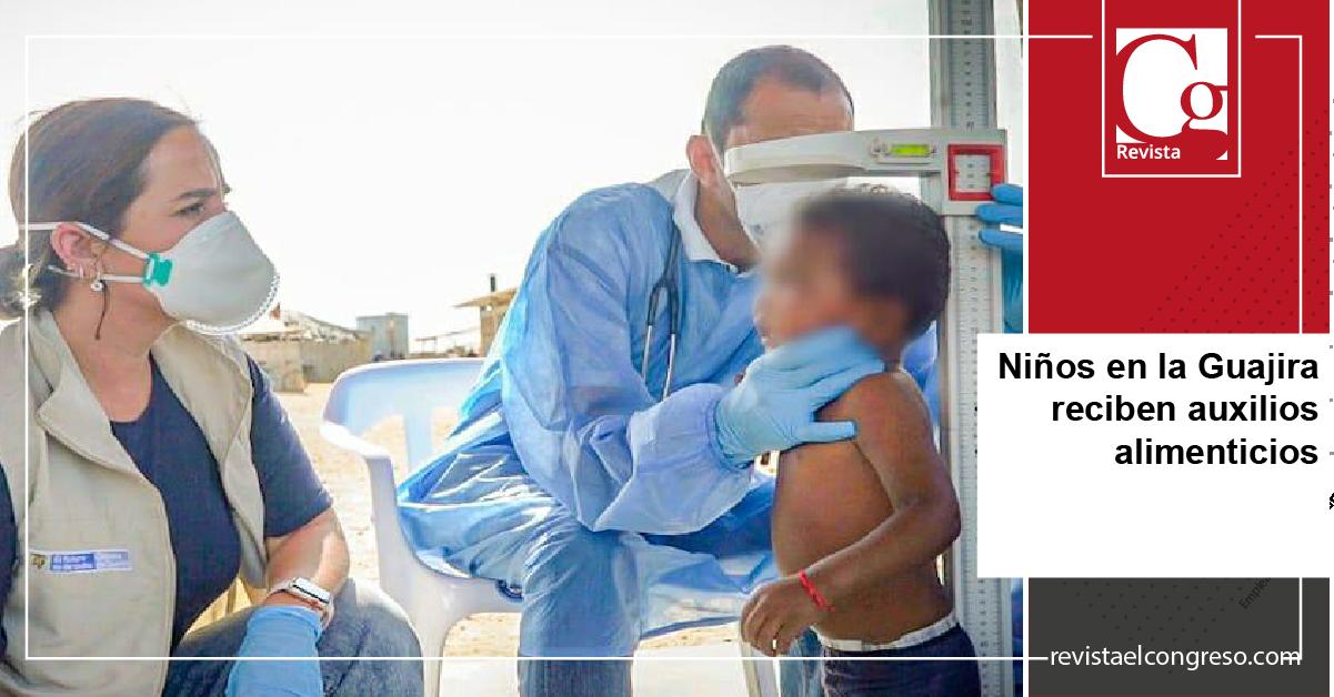 Niños en la Guajira reciben auxilios alimenticios
