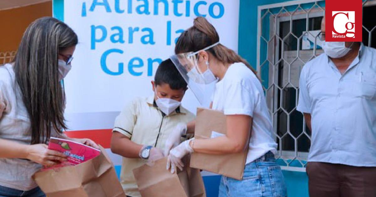 Gobernación del Atlántico entregó 2.238 kits escolares