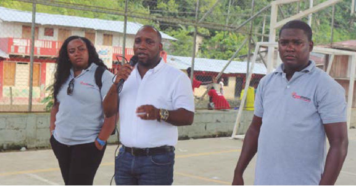 El mandatario quiere dar respuesta a las necesidades básicas del municipio en educación y salud.