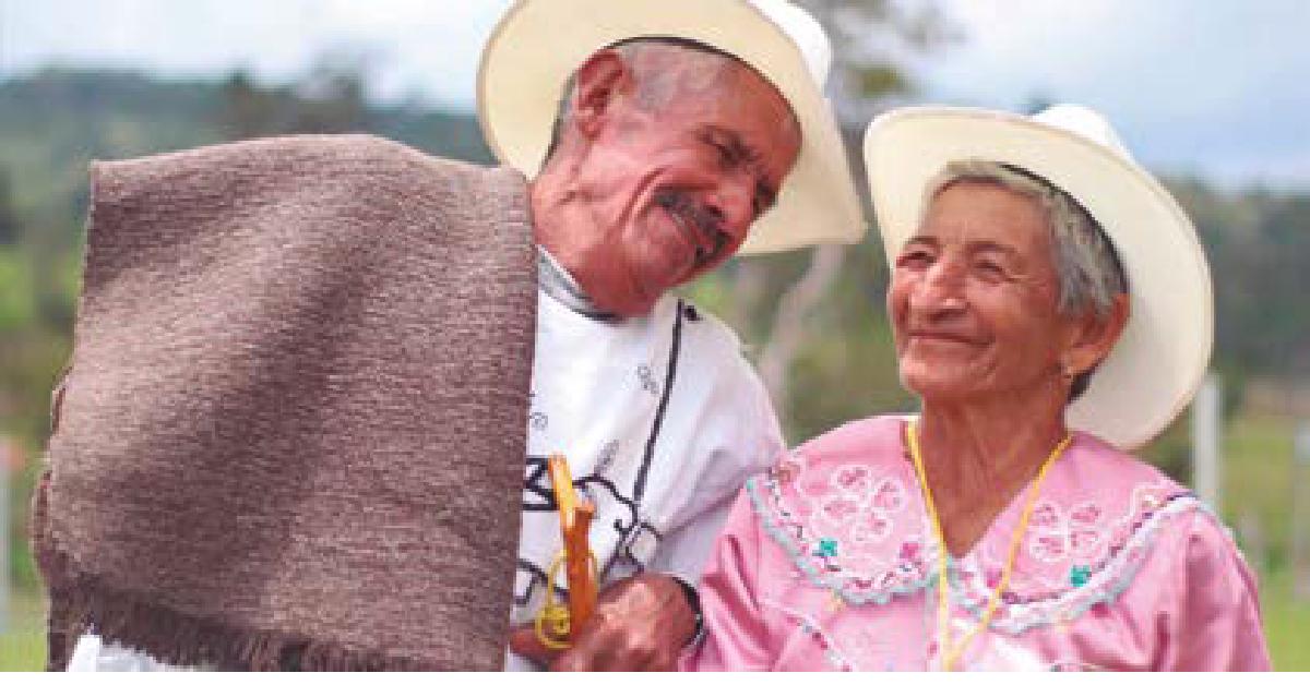 El traje típico del municipio expresa la identidad cultural de los paceños