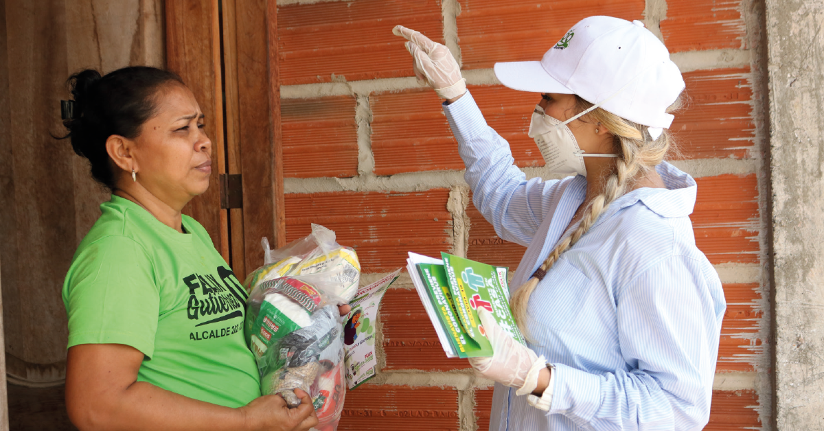 En trabajo articulado con la Gobernación departamental, el alcalde de Buenavista, Félix Gutiérrez, realizó la entrega de mercados a las familias más vulnerables