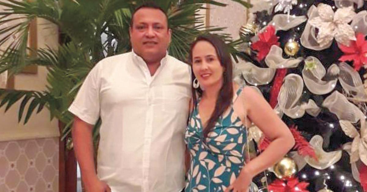 El alcalde, Régulo Rodríguez y su esposa, Lesbia Sierra