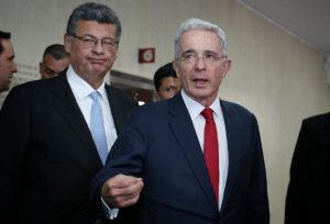 Abogado de Uribe Vélez niega sobornos del exmandatario a testigos