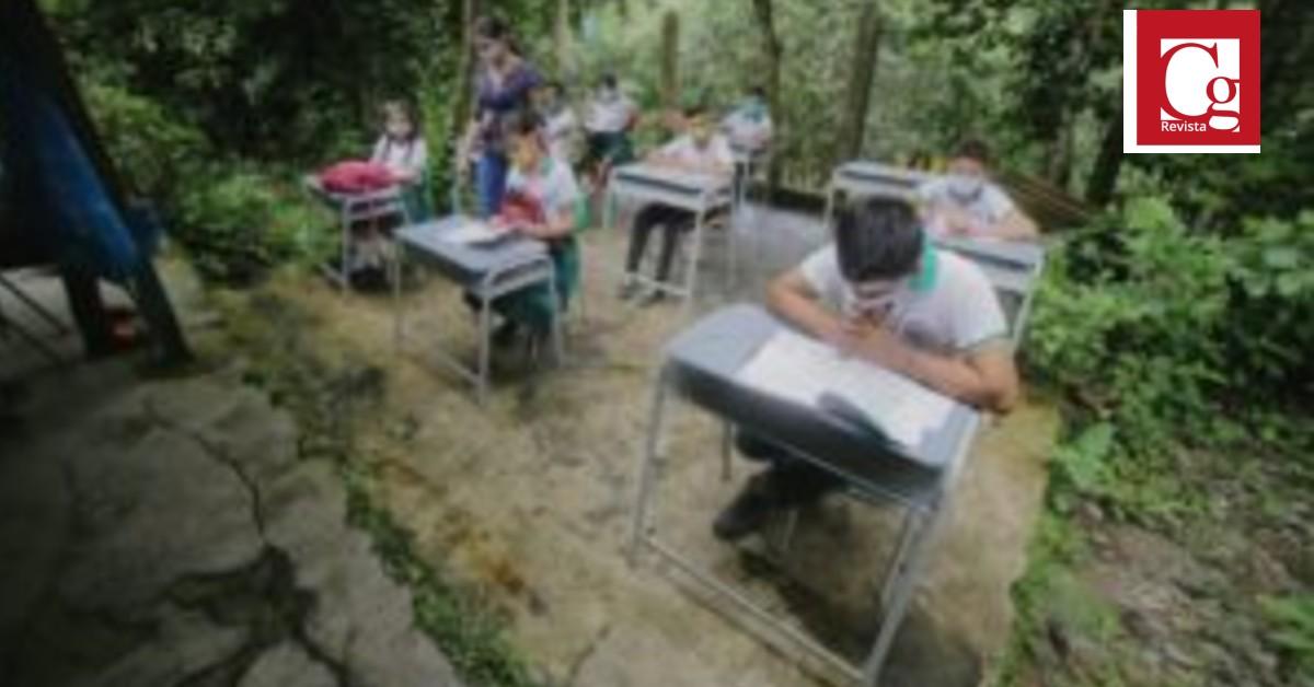 Entregan en el Cesar herramientas digitales para educación en casa durante pandemia